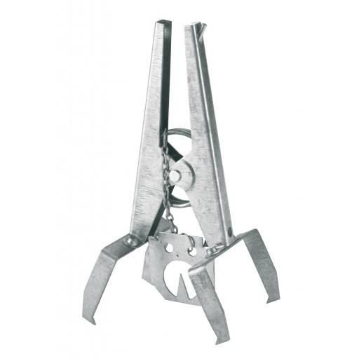 Vole pliers claw trap with metal plates