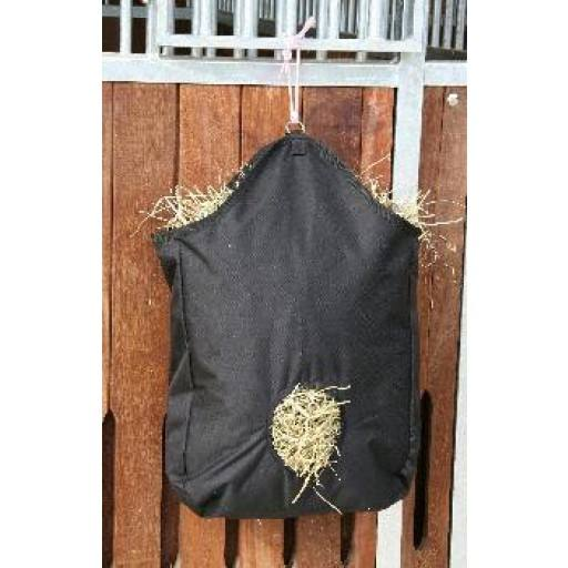 Hay bag black, 2 Aufhängeringe